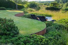 Ian Kitson landscape architecture & garden design - How is the wall supported on the backside? Terrace Garden, Garden Spaces, Contemporary Landscape, Landscape Design, Farmhouse Contemporary, Contemporary Stairs, Contemporary Building, Contemporary Apartment, Contemporary Wallpaper