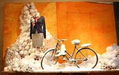 5 Cute Window Displays With Bicycles - Eleanor's   Stylish Bicycle ...
