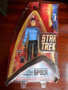 Star trek action figure Commander Spock with starfleet gear art asylum