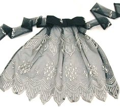 black lace apron I think I need this for parties!  Wait...whenever do I find time for company?