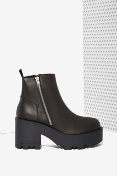 UNIF Rival Leather Platform Boot