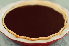 A Chocolate Covered Strawberry Pie is the perfect for Valentine's Day! This recipe has strawberry silk, chocolate ganache and chocolate covered strawberries. Stawberry Pie, Chocolate Strawberry Pie, Chocolate Pie Recipes, Chocolate Pies, Chocolate Covered Strawberries, Melting Chocolate, Paleo Dessert, Clean Eating Snacks