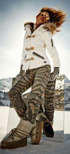 Bogner ski- wow love this outfit for slopes Apres Ski Mode, Snow Fashion, Winter Fashion, Apres Ski Outfits, Ski Bunnies, Bunny, Sport Outfit, Ski Wear, Snow Skiing