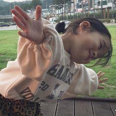 Cute Asian Babies, Korean Babies, Asian Kids, Cute Babies, I Want A Baby, Cute Little Baby, Cute Baby Girl, Little Babies, Baby Baby Baby Oh