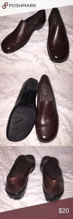 Brown clarks loafer shoes size 8, brand new, ships today Clarks Shoes Mules & Clogs