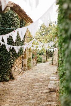 * English country wedding *