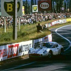 Le Mans, Retro Cars, Vintage Cars, Vintage Auto, Maserati, Sport Cars, Race Cars, Bruce Mclaren, Golden Age