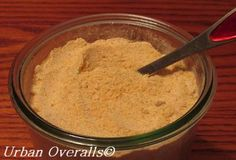 Homemade garlic powder. Wow, why did I not think of this??