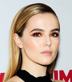 As Zoey Deutch is swiftly on her way to becoming the next big thing in Hollywood, she's already proven herself in the beauty department.