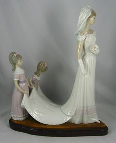 "Lladro Bridal Figurine 1446 ""HERE COMES THE BRIDE"" Retired 1997"