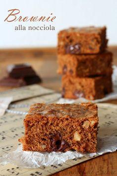 Brownie alla nocciola e cioccolato