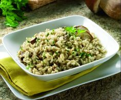 Risotto ai funghi by Thermomix Magazine on www. Pasta, Rice Recipes, Fried Rice, Macaroni And Cheese, Nom Nom, Grains, Good Food, Meals, Cooking