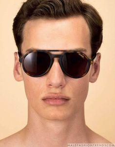 75a980420b6ef4 Jean-Romain Pac retrata los mejores lentes de sol de verano para L Optimum