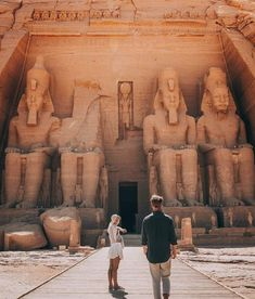 Explore the best of Egypt your way. Egypt Tour Plus - Private guided Egypt tours since Find and book your dream trip now → Places To Travel, Places To See, Travel Destinations, Egypt Travel, Africa Travel, Destination Voyage, Photos Voyages, Future Travel, Travel Goals