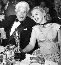 "Celeste Holm, March, after winning an Oscar for supporting actress in the film ""Gentleman's Agreement"" directed by John Stahl, photographed at the Mocambo Nightclub Academy Award Winners, Oscar Winners, Academy Awards, Golden Age Of Hollywood, Classic Hollywood, Old Hollywood, Agnes Moorehead, Celeste Holm, Hollywood Scenes"