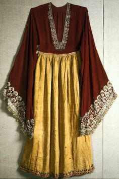 Bridal chemise Silk embroidered with silk and gilt-silver yarns Greek Islands (Northern Sporades, Skyros), century Skyros, Northern Sporades, Greek Islands Greek Traditional Dress, Traditional Outfits, Historical Costume, Historical Clothing, Greek Dress, Vintage Outfits, Vintage Fashion, Ankle Length Skirt, Folk Costume