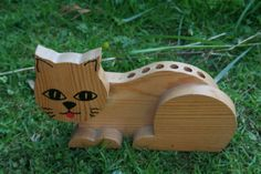 Cat pencil holder made of wood wooden desk tidy by TrudysStore, $12.00