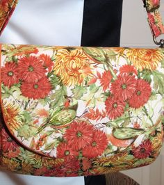Beaded Bird shoulder bag Beaded Bags, Scarf Wrap, Purses And Bags, Scarves, Wraps, Shoulder Bag, Bird, Sewing, Handmade