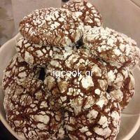 """Είναι τα καλύτερα Crinkles """"Ραγισμένα κούκις"""" που έχω φτιάξει!!! Εξωτερικά είναι τριφτά και μέσα είναι ζουμερά, μαστιχωτά και σούπερ σοκολατένια!!! The Joy Of Baking, Greek Sweets, Cake Bars, Pavlova, Cake Cookies, Doughnut, Biscuits, Deserts, Brunch"""