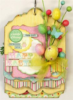 Love Julie's mini albums... this easter one is so cute!