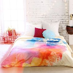 New home collection: Art House, designed by artists from DENY! Even better, you could dye your own sheets to look like watercolor.