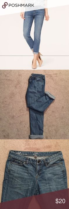Ann Taylor Loft Modern Slim Jeans Your new to-go jeans! Skinny leg, light wash jeans. Wear with pant leg rolled or unrolled. LOFT Jeans Skinny