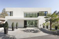 modern white house exteriors - Google Search