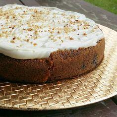 #leivojakoristele #juureshaaste Kiitos @marzanza Vanilla Cake, Cheesecake, Desserts, Food, Tailgate Desserts, Deserts, Cheesecakes, Essen, Postres