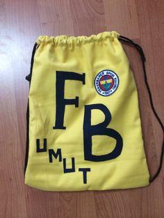 Keçe kumaş sırt çantası ' Fenerbahçeli bi genç adama özel ''