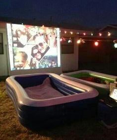 Outdoor movie, YES! It would be really fun to fill blow up pools with blankets and sheets and pillows to lay in while the movie is playing! Outside Movie, Summer Fun For Kids, Diy For Kids, Swimming Movies, Pool Movie, Fun Summer Activities, Outdoor Parties, Outdoor Fun, Blow Up Pool