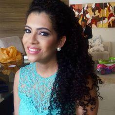 """32 curtidas, 3 comentários - Suzy Simas Maquiagem e Cabelo (@suzysimasmakeup) no Instagram: """"#madrinhalinda #casamento #irmadonoivo #casamentotop #pausaparafeminices #maquiagempenteado #makeup"""""""
