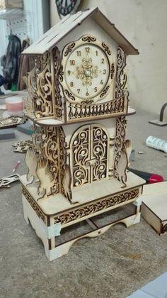 MyDownloads - relógio de mesa