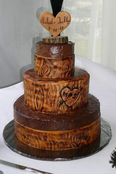 Wood Grained Wedding Cake