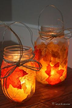Lanterns with autumn leaves. 14 DIY deco ideas under the theme of . - Décoration et Bricolage Casa Hygge, Fall Crafts, Diy And Crafts, Diy For Kids, Crafts For Kids, Bricolage Halloween, Fall Diy, Fairy Lights, Fall Halloween