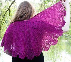 Shawl - Peri's Paradox: First Fall 2013. Free on Knitty.com