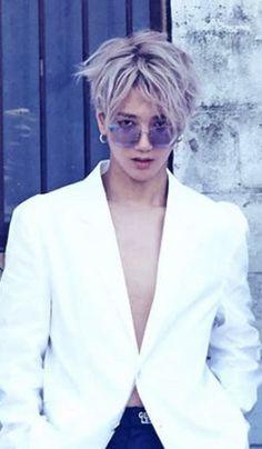 Check out Super Junior @ Iomoio Kim Heechul, Leeteuk, Super Elf, Kpop, Yesung Super Junior, Choi Siwon, Instyle Magazine, Cosmopolitan Magazine, Last Man Standing