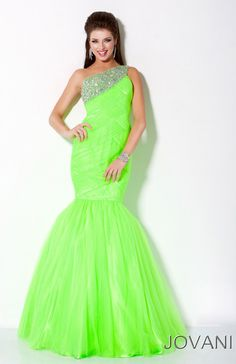 A girl on my softball team wore this dress to prom last year! It blew me away!