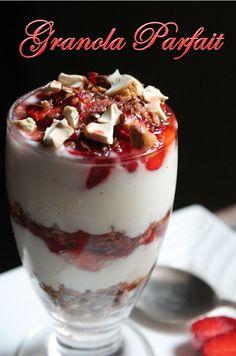 YUMMY TUMMY: Granola Strawberry Parfait Recipe/ Granola, Yogurt & Berry Parfait Recipe