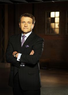 Robert Herjavec leads the Herjavec Group: Top 10 Things for a Budding Entrepreneur Robert Herjavec, Rags To Riches Stories, Home Based Business, Business Coaching, Entrepreneur Inspiration, Financial Success, New Journey, Shark Tank, Creative Portraits
