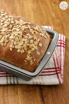 Whole Wheat Honey Oat Bread Recipe l www.a-kitchen-addiction.com