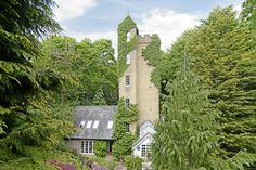 【スライドショー】給水塔を改装した英国の邸宅