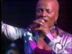 Angelique Kidjo - Voodoo Child (Voodoo Chile) - Live - 1999. Filmed for Australian TV.