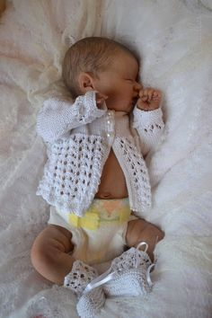 LIL' TREASURE by LAURA LEE EAGLES brought to life by BABY BANTER member Catherine Turner at Kate's Cradles Newborn Baby Dolls, Reborn Baby Girl, Baby Girl Dolls, Child Doll, Baby Outfits Newborn, Reborn Babies, Life Like Baby Dolls, Life Like Babies, Reborn Silicone
