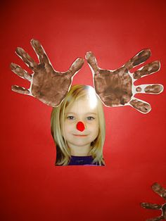 Handprint Reindeer Photo Keepsake {Christmas Craft for kids}