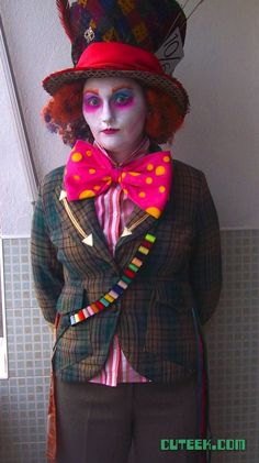 DIY Mad Hatter Costume Alice in Wonderland