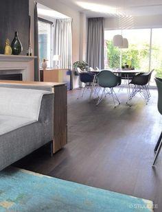 Binnenkijken in ... een woonkamer in modern klassieke stijl in Utrecht na STIJLIDEE Interieuradvies, Kleuradvies en Styling via www.stijlidee.nl
