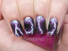 Wow! Awesome lighting storm nails.