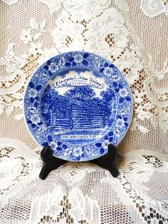 Lincoln's New Salem Illinois Collector Plate-First Berry Lincoln Store-Blue…