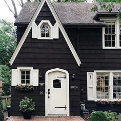 Rustic Cottage House Exterior Design Ideas To Copy 21 Tudor Cottage, Rustic Cottage, Cottage House, Cottage Style Homes, Cute House, My House, Dark House, Dark Siding House, Cute Little Houses