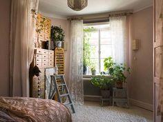 The Nordroom - A Romantic Vintage Apartment in Stockholm Pink Walls, White Walls, Stockholm Apartment, Vintage Apartment, Checkered Floors, Interior Styling, Interior Design, Interior Decorating, Art Nouveau